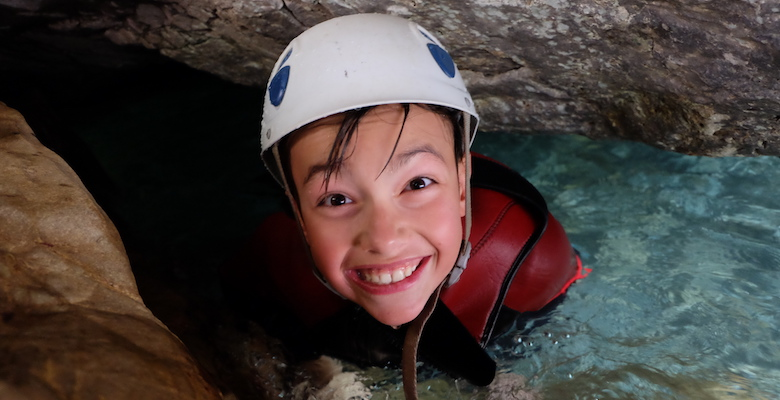 family_pack_canyoning2