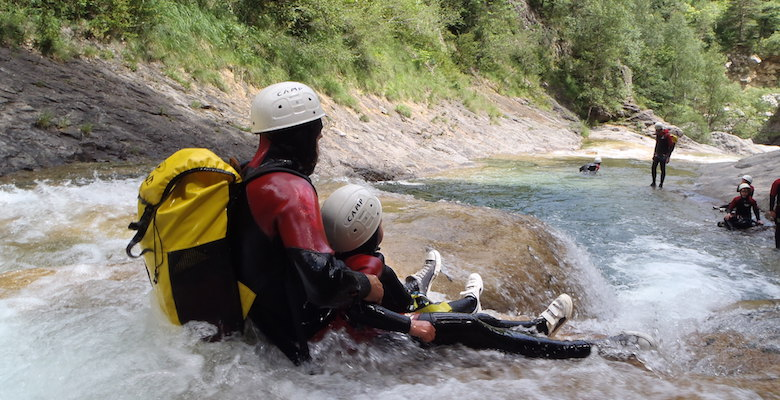 family_pack_canyoning